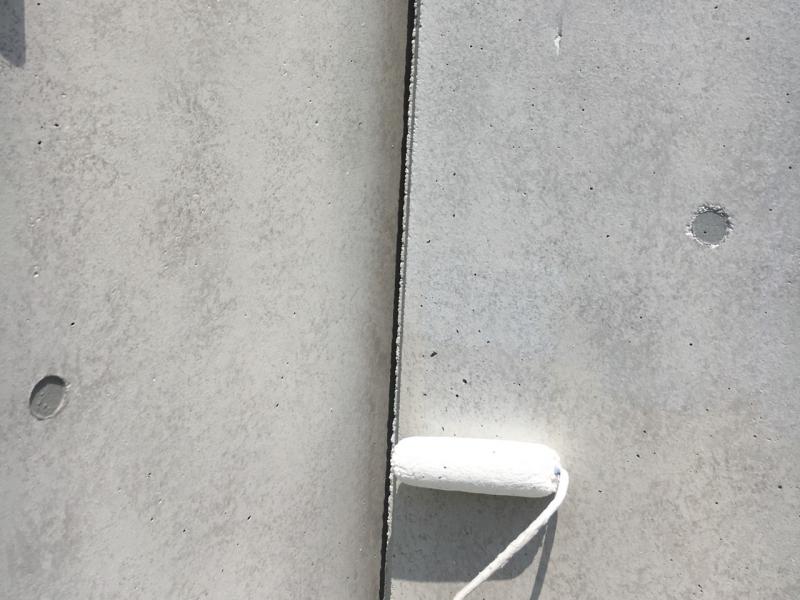 打ち放しコンクリートのシャッターゲート塗装でコンクリート模様を再現! 名古屋市瑞穂区