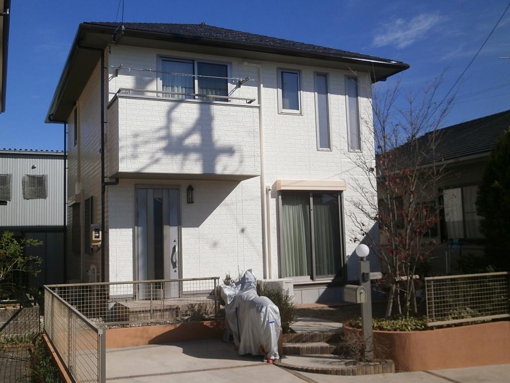 パナホームさんの戸建てを白に外壁塗り替え、屋根塗装 みよし市