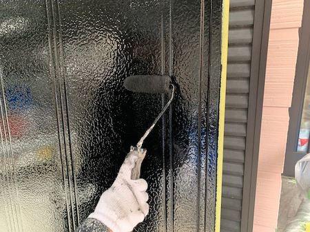 外壁ひび割れに人気のアステック塗料で、くすみピンクのモダン塗り替え 北名古屋市