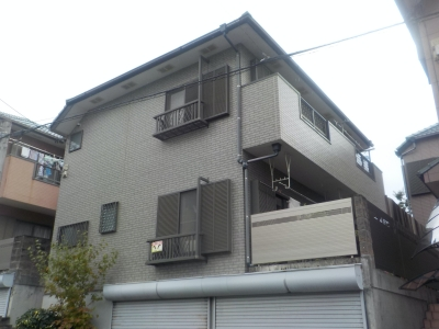 クリヤー塗装、シャッター塗装、コーキング工事で建物の美しさをキープ 名古屋市天白区
