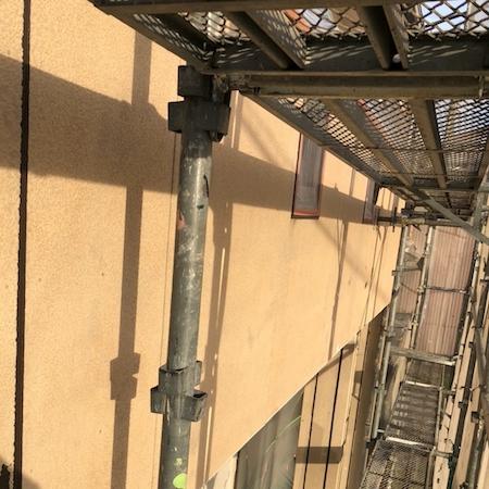 外壁塗装で人気の色分け!ベランダにアクセントをつけた塗り替え 愛西市