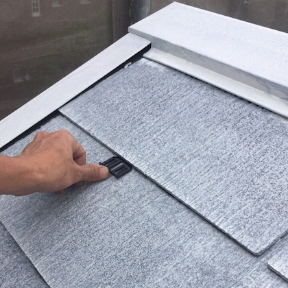 ジョリパット専用塗料でサーモンピンクにカラーチェンジ、屋根は遮熱シリコン塗装 日進市