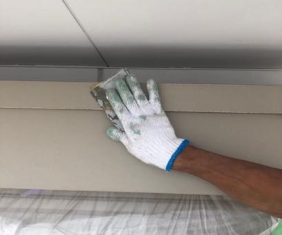 白に統一した外壁塗装に日本ペイントのファインパーフェクトトップを採用 豊明市
