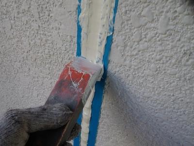屋根の色をナスコン(紺色)に変えて、さわやかな雰囲気を演出  名古屋市天白区