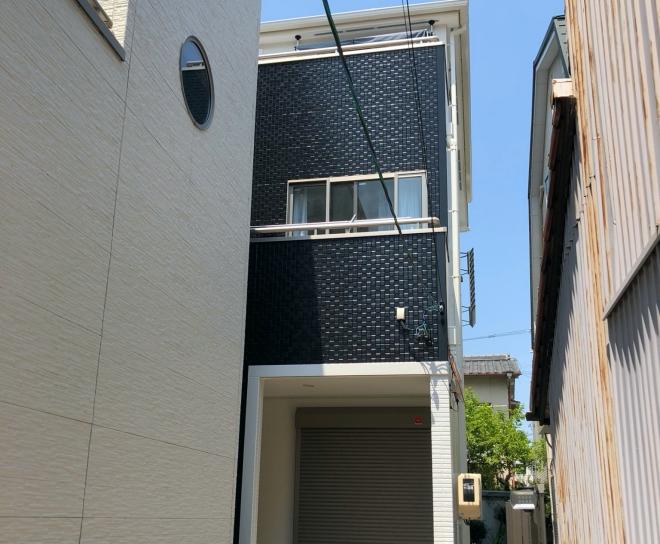3階建ての気になる色あせに人気の日本ペイント塗料で屋根・外壁塗装 名古屋市瑞穂区