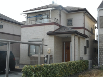 コーヒーブラウンがアクセントになった屋根塗装と外壁塗装セットプラン 春日井市