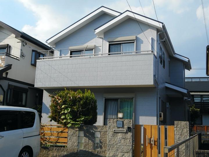 サイディングの柄の違いでグレー系の濃淡に外壁塗装と屋根塗装 名古屋市緑区