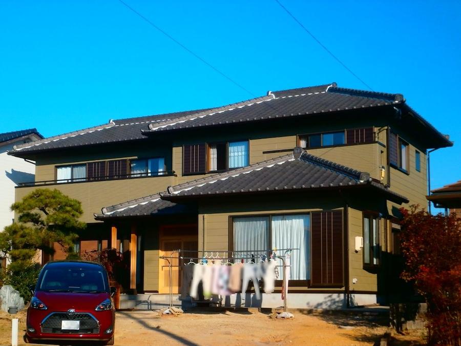 和風住宅の木部あく洗い、つやを抑えたリシン外壁塗装 碧南市