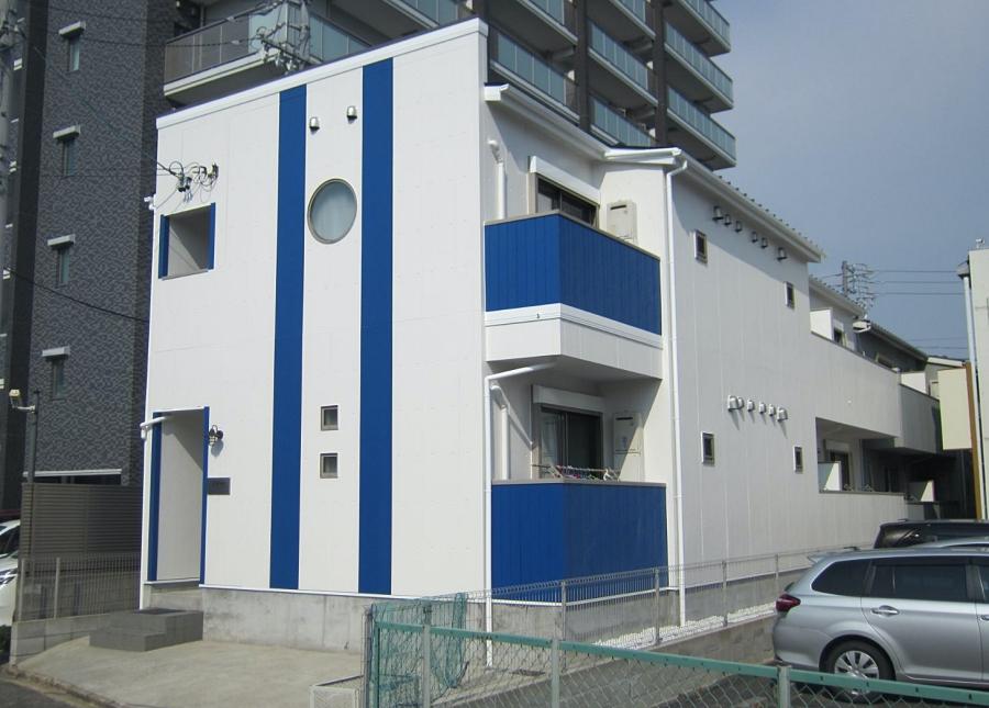 アパート塗装は色変えでイメージアップ!さわやかな白×青 名古屋市守山区
